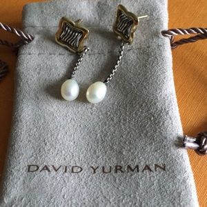 Jewelry - David Yurman pearl drop earrings